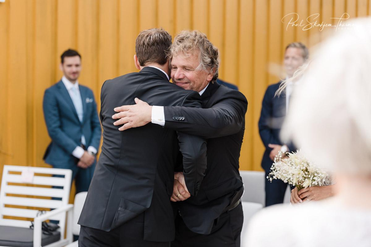 Kjersti og Luc sitt bryllup på Veierland 8