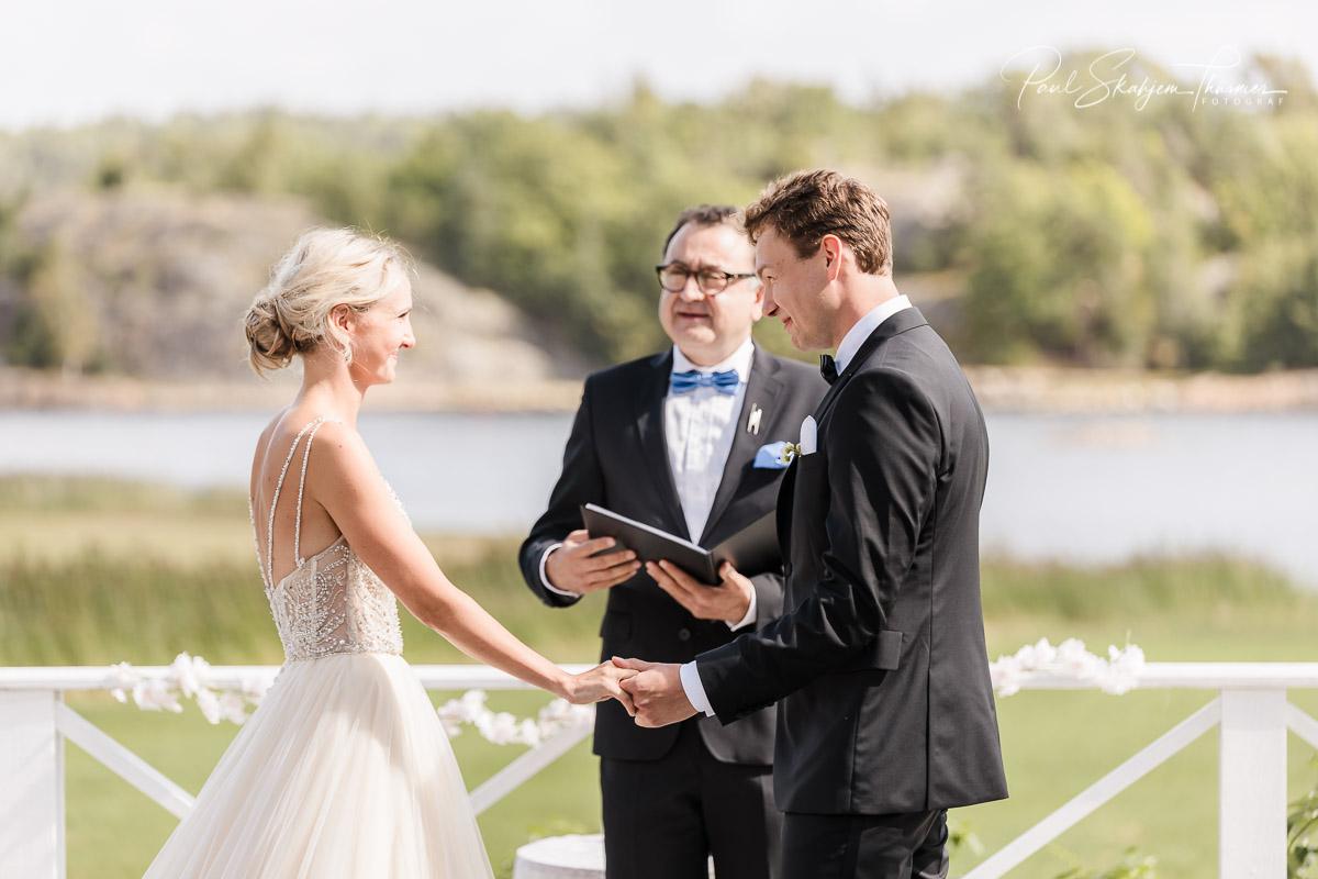 Kjersti og Luc sitt bryllup på Veierland 9
